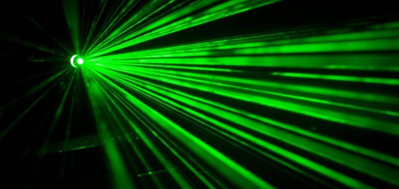 Laser tag – czym jest i dlaczego warto?